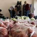 Pazarcı esnafından ihtiyaç sahiplerine ücretsiz sebze ve meyve