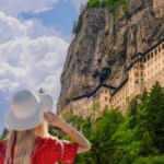 Trabzon'un turizm durağı Sümela Manastırı'na 107 bin ziyaretçi
