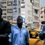 Afrika'da Kovid-19 nedeniyle kapatılan okullarda eğitim yeniden başlıyor