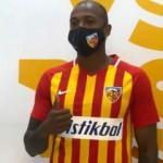 Fernandes imzayı attı! Resmen Kayserispor'da