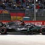 Hamilton, Schumacher'in rekoruna ortak oldu!