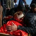 Ermenistan'ın Gence'de füze ile öldürdüğü siviller gözyaşlarıyla uğurlandı