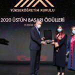 Sağlık Bilimleri Üniversitesi'ne YÖK Üstün Başarı Ödülü!