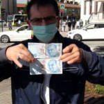 ATM'den çektiği parayı görünce bankaya koştu! Neye uğradığını şaşırdı