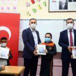 Bağcılar'da 10 bin öğrenciye hediye tablet