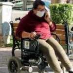 Engelli kadının akülü tekerlekli sandalyesinin şarj aleti çalındı