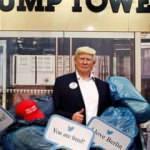 Madame Tussauds müzesi Trump heykelini çöpe attı