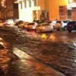 Mekke'de şiddetli yağış sele neden oldu