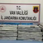 33 bin 830 tablet kaçak ilaç ele geçirildi