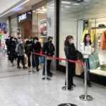 Ankara'daki alışveriş merkezlerinde 'Efsane Cuma' yoğunluğu!