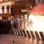 Paris'te yaşanan olaylarda Twitter oyunu: Türkiye olarak gösterdiler