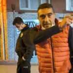 Kısıtlamaya rağmen sokağa çıktı, polisleri ve gazetecileri tehdit etti