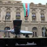 Azerbaycan'ın TB-2'leri Bakü sokaklarında!