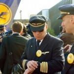 Lufthansa, anlaşma yapılmazsa bin pilotu işten çıkaracak