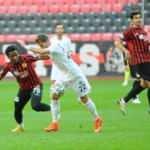 Tuzlaspor, Eskişehir'i 2 golle geçti