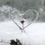 Buz tutan Limni Gölü'nde kartpostallık manzaralar