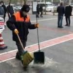 Temizlik personelinden alkışlanacak hareket: Yerde bulduğu 5 bin lirayı sahibine teslim etti