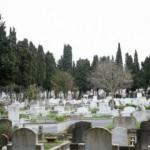 İstanbul'da mezarlıklar doldu! Fırsatçılar harekete geçti! Villa fiyatına mezar...