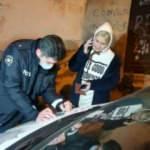 Sürücü, aracı ve içindeki 2 kadını bırakıp kaçtı