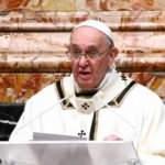 Sağlık sorunu yaşayan Papa yılbaşı ayinini yönetemeyecek