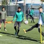 Akhisarspor'da 2 futbolcunun testi pozitif çıktı