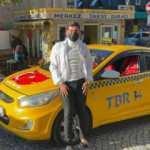 Taksici, bulduğu para dolu cüzdanı sahibine teslim etti