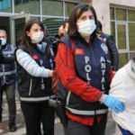 Plastik kartla milyonluk vurgun! 'Altın kızlar' yakalandı