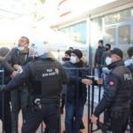 HDP'li milletvekili evlat nöbetindeki ailelere hareket yaptı ortalık karıştı