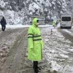Uludağ'da kar kalınlığı 1 metreye ulaştı!