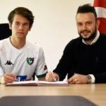 Denizlispor, 3 oyuncu ile profesyonel sözleşme imzaladı