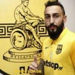 Kostas Mitroglou yeni takımı imzayı attı