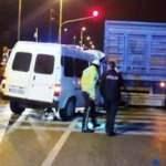 Minibüs, kırmızı ışıkta bekleyen TIR'a çarptı: 1 ölü, 2 yaralı
