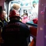 Özel halk otobüsü ile ticari taksi çarpıştı: 3 yaralı