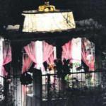 Mezarlıkta 17 yıldır yanan ışık söndü!