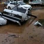 İzmir'de güne damga vuran kare! Şehir suya gömüldü