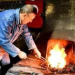 İznikli demir ustası 50 yıllık mesleğini anlattı: Bu mesleği yapan aç kalmaz!