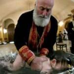 Vaftiz töreninde 6 haftalık bebeği öldürdüler