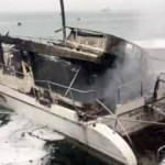 İstanbul Boğazı'nda iki tekne alev alev yandı