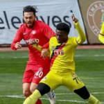 Ümraniyespor, Eskişehirspor'u farklı geçti