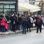 Yunanistan'da vahim tablo: Metrelerce kuyruk oluştu