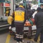 Halk otobüsünden düşen kadın yaralandı