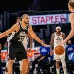Jazz'ın 9 maçlık serisini Clippers bitirdi