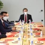 İletişim Başkanı Altun, 'Türki Lala' dizisinin yapımcılarıyla bir araya geldi