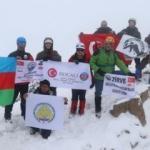 Türk dağcılar Hocalı şehitleri için tırmandı