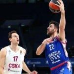 Anadolu Efes, CSKA Moskova'yı farklı geçti