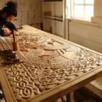 Artvinli ahşap ustası nakış gibi işleyerek sanat eserleri üretiyor!