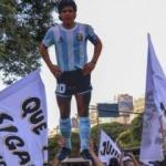Arjantin'de halk Maradona için yeniden sokağa indi!