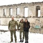 İlham Aliyev: Gözlerinizi açıp kimi savunduğunuzu görün