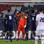 Yusuf Yazıcı penaltı kaçırdı! PSG farklı kazandı!