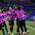 PSG, Olympique Lyon'u 4-2 yenerek liderliğe oturdu!
